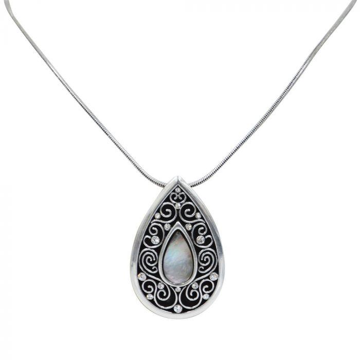 Pure Western Alexander Pendant Necklace